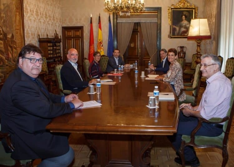 Foto REUNIÓN anec gobierno navarra